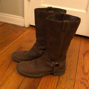 Born Boots Suede Size 8 / 38